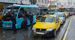 Üsküdar'da trafiği kilitleyen durak taşınıyor