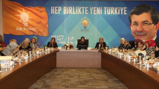 """Başkan Polat, """"Kadın değişirse aile, aile değişirse toplum değişir"""""""