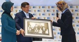 AK Kadınlar başkanını seçti