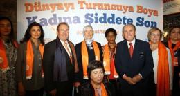 Turuncu İstanbul'u terk etti