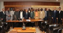 Sudanlılardan yerel yönetimlerin duayenine ziyaret