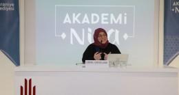 """Akademi Nisa'da Sibel Eraslan'dan """"Hz. Rabia"""""""