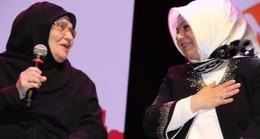 AK Kadınlar 'Yılın Annesi'ni seçti