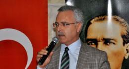 """Mustafa Ataş, """"Allah, bize hep başı dik siyaset yapmayı nasip etti"""""""