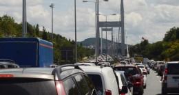 Köprü trafiği durma noktasında