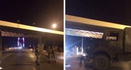 Fetöcu askerler Boğaz köprülerini kesti