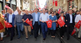 AK Parti'liler CHP mitingine sahip çıktı
