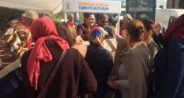 Ataşehir AK Kadınların aşure dağıtımına yoğun ilgi