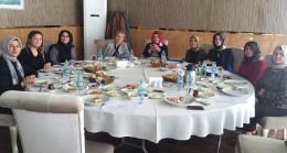Başkan Döğücü, bayan belediye meclis üyeleri ile buluştu