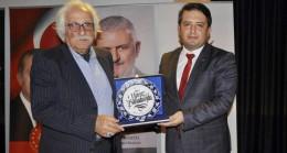 """Yavuz Bahadıroğlu, """"Ayasofya'ya ayakkabı ile girilmez!"""""""