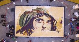 Gaziantep'te mozaik baklava rekoru