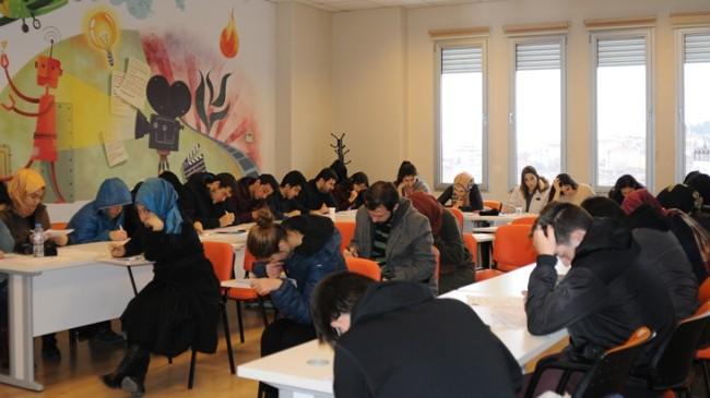 """Üsküdar Gençlik Merkezi, """"Bahar Dönemi Atölye Eğitimleri"""" başlıyor"""