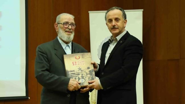 İlahiyatçı-Yazar Kutluoğlu, Bağcılar Belediyesi'nin konuğu oldu