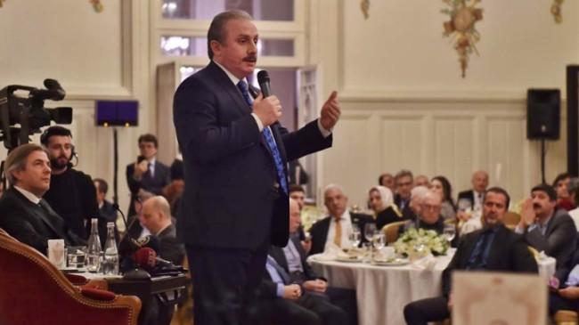 Beyoğlu Belediyesi'nin konuğu Şentop, anayasa değişikliğini anlattı