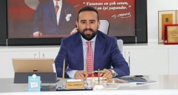 """Ömer Şahan, Kadıköy Belediyesi'ne """"Tarihi Kadıköy Çarşısı"""" için yüklendi"""