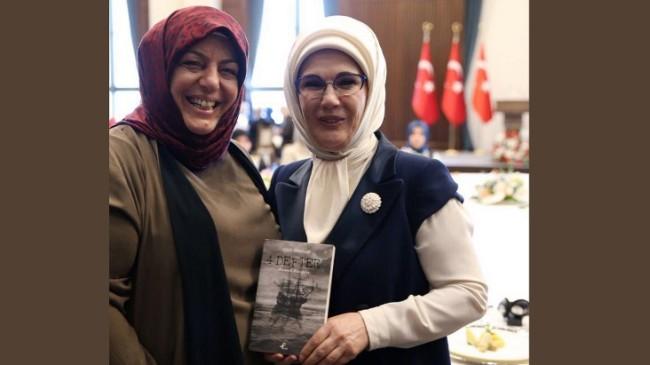 Emine Erdoğan, Sibel Eraslan buluşması kitapla taçlandı