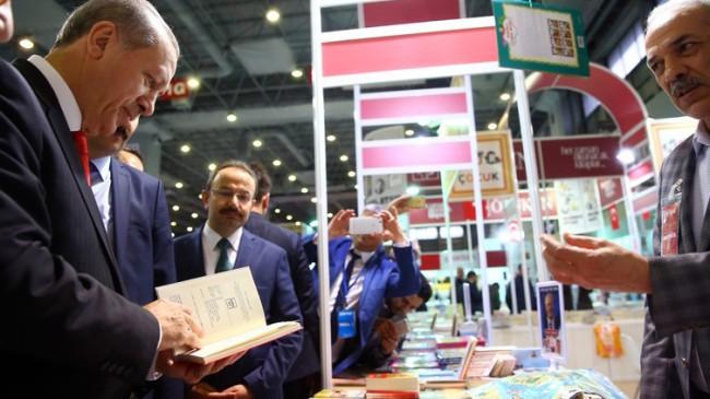 Cumhurbaşkanı Erdoğan, CNR İstanbul Uluslararası Kitap Fuarı'nda