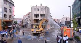 Üsküdar Belediyesi'nin önü açılıyor