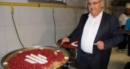 Ümraniye'de ağız tadıyla yenecek aşureler hazır