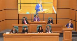 """Başkan Türkmen, """"Bütçemiz Üsküdar'ımıza hayırlı olsun"""""""