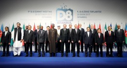 Cumhurbaşkanı Erdoğan, D-8 zirvesine katılan liderlerle fotoğraf çektirdi