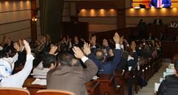 İBB Meclisi gençlere oy birliği ile sahip çıktı