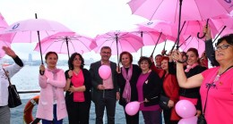 Üsküdar Belediyesi'nden meme kanserine farkındalık için boğaz turu