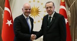Cumhurbaşkanı Erdoğan, FIFA Başkanı Gianni Infantino ile görüştü