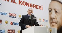 """Cumhurbaşkanı Recep Tayyip Erdoğan, """"Cehalet paçalarından terbiyesizlik, bunların suratından akıyor"""""""