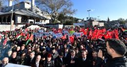 Kudüs için tek vücut olan binlerce Üsküdarlı, İstanbul Boğazını inletti