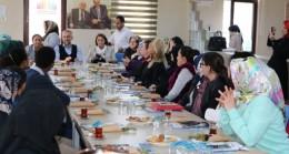 Çekmeköy Kent Konseyi Kadın Meclisi, yabancı vatandaşları Başkan Poyraz'la buluşturdu
