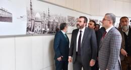 Mahir Ünal, Üsküdar'da Türkiye Arapça Kitap ve Kültür fuarına katıldı