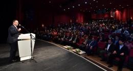 Mehmet Özhaseki Üsküdar'da genç yazarlarla buluştu