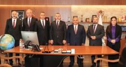 İl Başkanı Bayram Şenocak, Ümraniye Belediyesi'ni ziyaret etti
