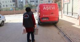 Ümraniye Belediyesi Gönül Sofrası'ndan her gün 250 aileye yemek gidiyor