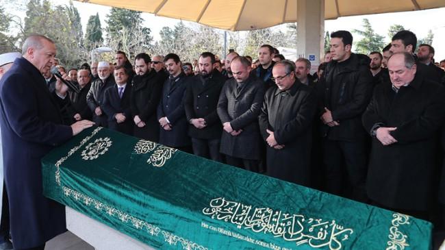 Başkan Erdoğan, Kasımpaşa'dan komşusu Kadir Turgut'un cenazesinde