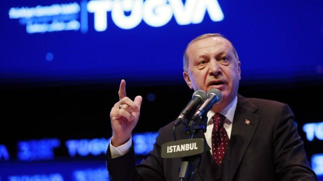 """Başkan Erdoğan, """"Kibirli insan sarımsak kokan ağız gibidir!"""""""