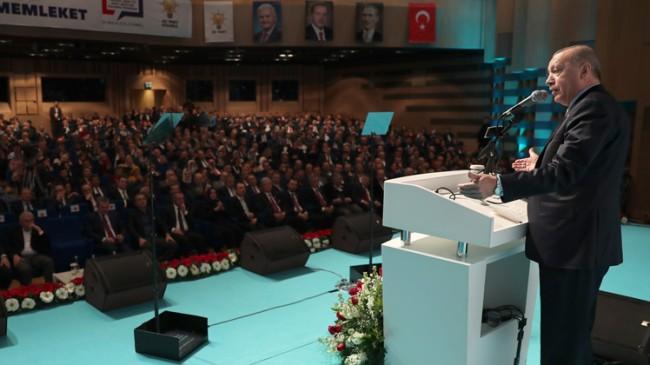 """Erdoğan, """"Demokrasi yerelde başlar"""""""