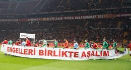 Galatasaray, Tuzlalı özel çocukları seyircisi ile buluşturdu
