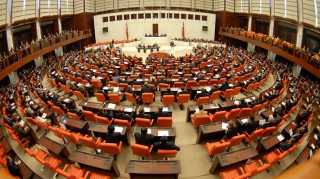 Türkiye'nin bütçesi TBMM'den geçti
