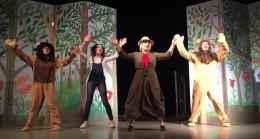 Ümraniye Belediyesi'nden öğrencilere yarıyıl tiyatro ve sinema