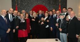 Sanatçılardan Başkan Erdoğan'a sürpriz
