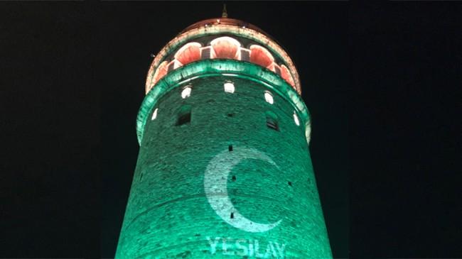 Galata Kulesi yeşile büründü