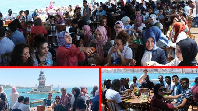 Yabancı üniversite öğrencilerine Vali Sultan Gemisi ile Boğaz turu