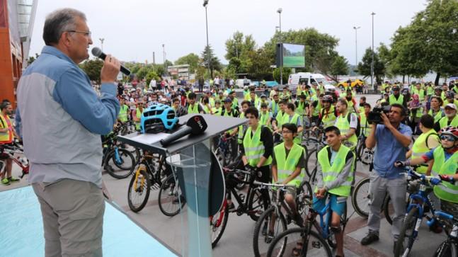 """Başkan Aydın, """"Nüfusumuzun yüzde 25'i bisiklet kullansa ülke ekonomisine yıllık 50 milyar lira katkıda bulunur"""""""