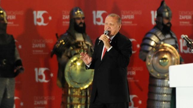 Başkan Erdoğan, 15 Temmuz Milli Birlik Günü'nde İstanbullularla buluştu