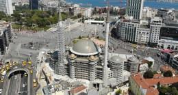 Taksim Camii'nin haşmetli görünümü