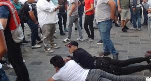 Taksim'de yabancıların kavgası
