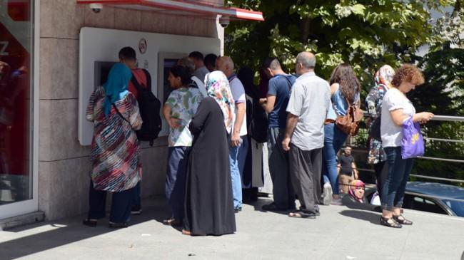 Emekliler Başkan Erdoğan'a dua ediyor