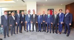 Vali Yerlikaya ile Başkan İmamoğlu'ndan TFF Başkanı Özdemir'e ziyaret